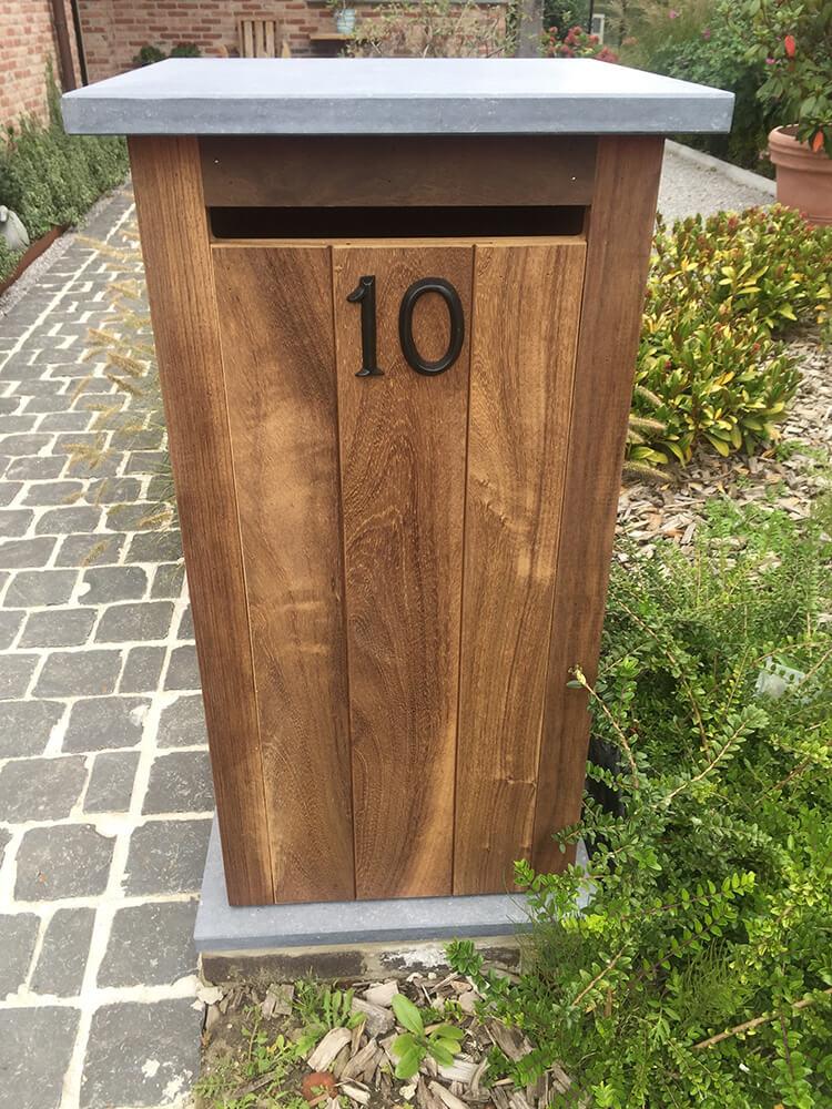 brievenbuspaal hout
